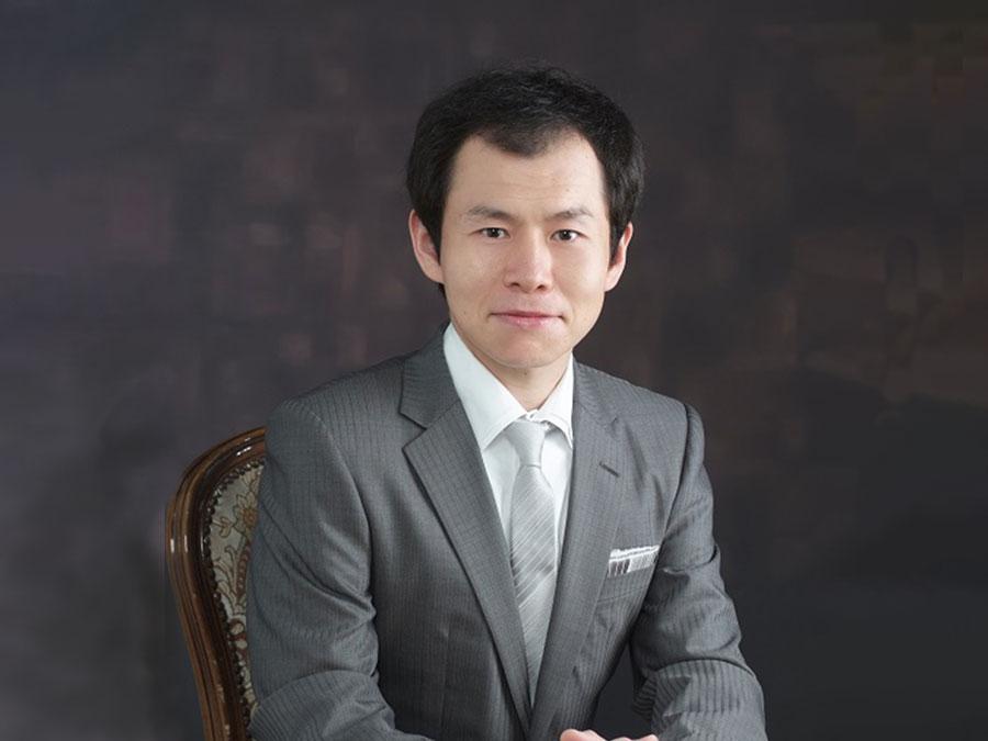経済投資youtuber事務所Zeppy(ゼッピー)坂本 彰の写真